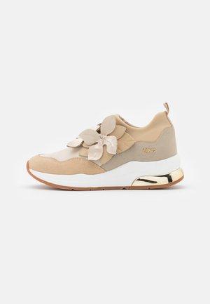 molino Mesa final Flecha  Zapatos de tallas pequeñas Liu Jo Jeans online en Zalando