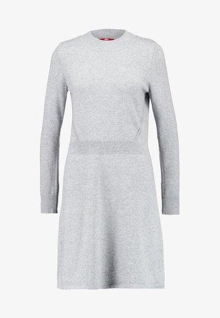 Strikkjoler - grey melange