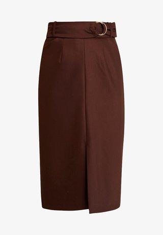 Pouzdrová sukně - dark chocolate