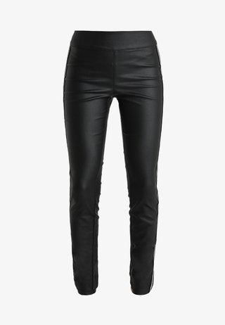 RENATA KATY FIT - Pantalones - pitch black