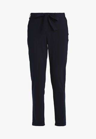JILLIAN BELT PANT - Stoffhose - midnight marine