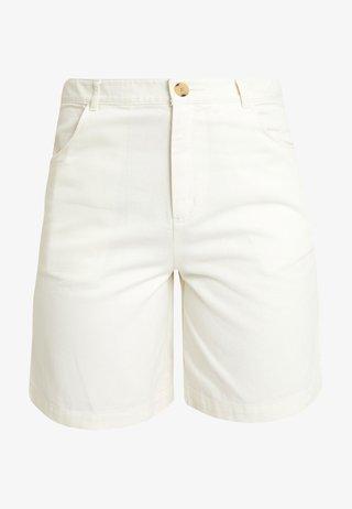 NAZIR - Jeans Short / cowboy shorts - offwhite
