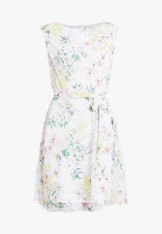 PRETTY MAGNOLIA DRESS - Freizeitkleid - ivory