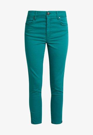 SHADI POWER - Trousers - ivy green