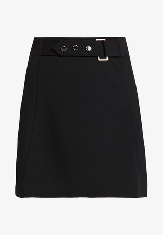 BUCKLE DETAIL - Minijupe - black
