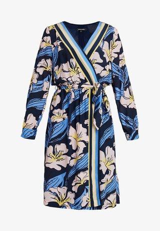 DRESS SHORT - Hverdagskjoler - marine