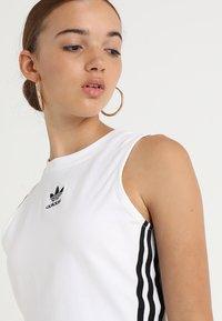 adidas Originals - CROP TANK - Linne - white - 4